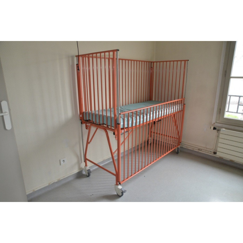 http://medical.fr/11703-thickbox_default/lit-cage-orange-vilgo-hgs-150x60.jpg