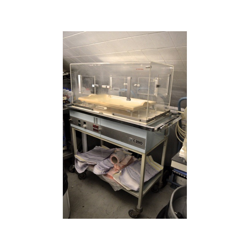 COUVEUSE VETERINAIRE MMS C2510