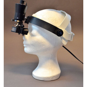 OPHTALMOSCOPE BINOCULAIRE INDIRECT KEELER AVEC CASQUE. L'ENSEMBLE PORTABLE DANS SA MALETTE