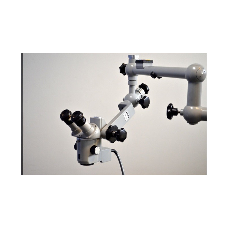 MICROSCOPE ORL ZEISS MODELE OPMI 1 FC, AVEC SOURCE DE LUMIERE INTEGREE HALOGENEE DOUBLE