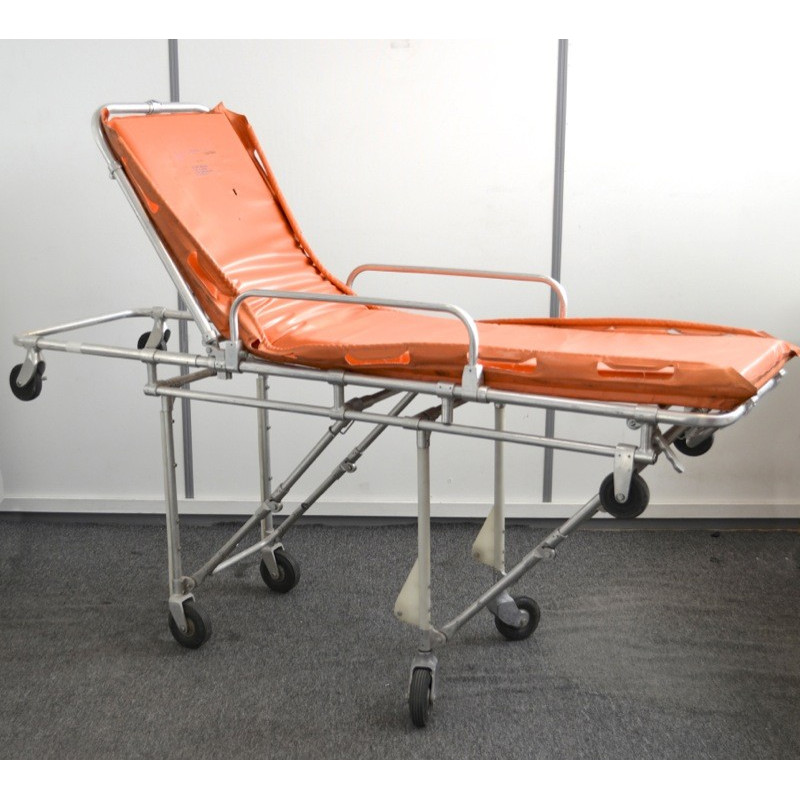 http://medical.fr/15798-thickbox_default/brancard-etroit-pour-urgence.jpg