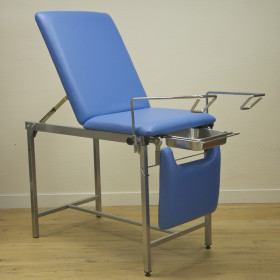 GYNECOLOGY EXAMiNATION COUCH WITH 2 KINDS OF CALIPERS