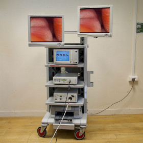 STRYKER COELIOSCOPY COLUMN  WITH HD CAMERA AND TWO FLAT SCREENS