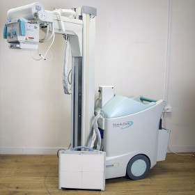 SHIMADZU MOBILE RAD DART MUX-100D DIGITAL RADIOGRAPHIC MOBILE X-RAY SYSTEM