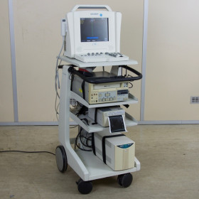 ACUSON SIEMENS CYPRESS COLOR PORTABLE ECHOCARDIOGRAPH WITH TROLLEY
