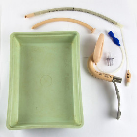 INTUBATION TRAY
