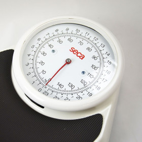 MECHANICAL ADULT SCALE SECA 761