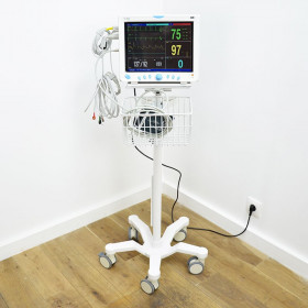 "MULTI-PARAMETER PATIENT SURVEILLANCE MONITOR ""TOVASURV-9000"" ON STAND"