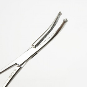 KOCHER FORCEPS NO TEETH CURVED 18CM