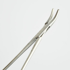 MAYO-HEGAR NEEDLE HOLDER CURVED 25CM