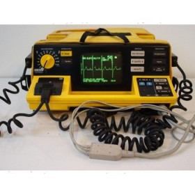DEFIBRILATEUR + SCOPE PORTABLE HP CODE MASTER 100