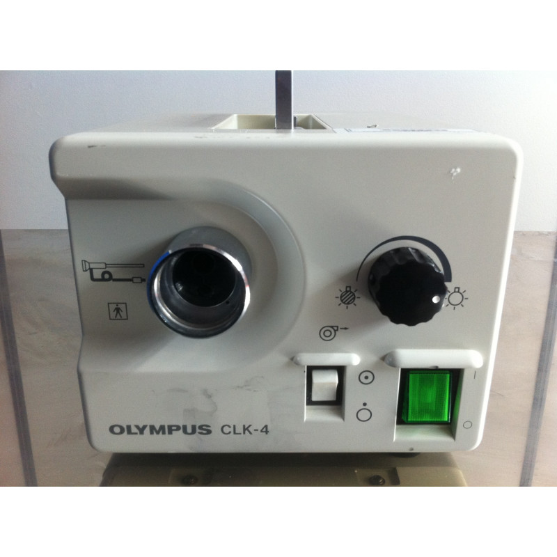 SOURCE DE LUMIERE PORTABLE OLYMPUS CLK-4 POUR FIBROSCOPES